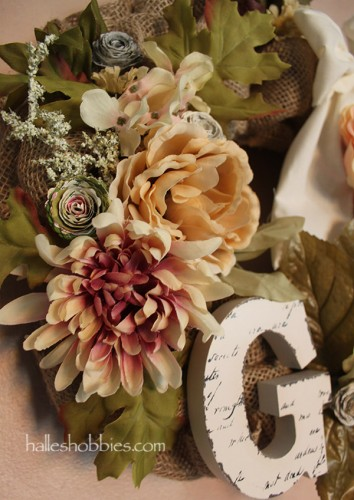 monogram burlap wreath | Halle's Hobbies